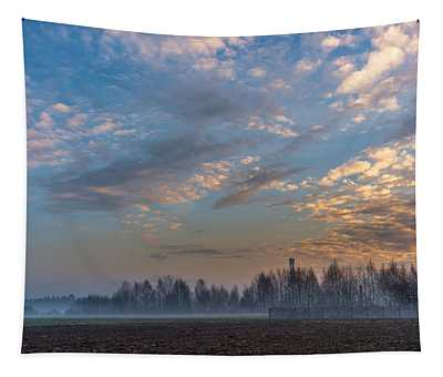 Crawling Mist Tapestry