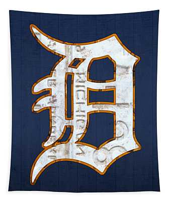 Detroit Tigers Baseball Old English D Logo License Plate Art Tapestry