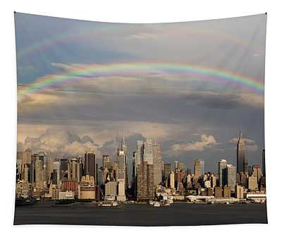 Double Rainbow Over Nyc Tapestry