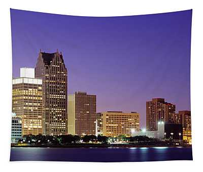 Dusk Detroit, Michigan, Usa Tapestry