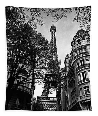 Eiffel Tower Black And White Tapestry