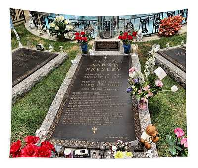 Elvis Presley Laid To Rest Tapestry