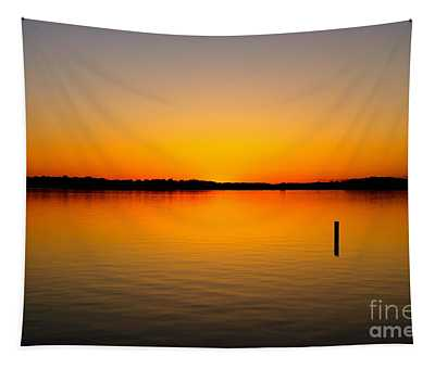 Lake Independence Sunset Tapestry