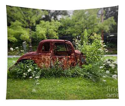Lawn Ornament Tapestry
