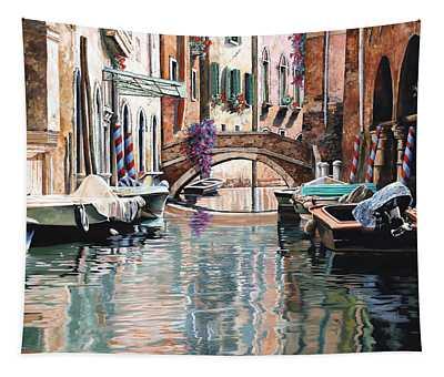 Le Barche E I Pali Colorati Tapestry