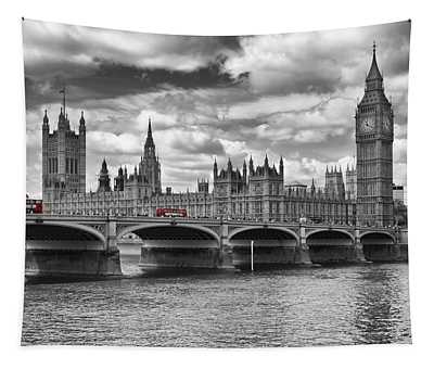 London - Houses Of Parliament And Red Buses Tapestry