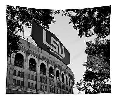 Lsu Through The Oaks Tapestry