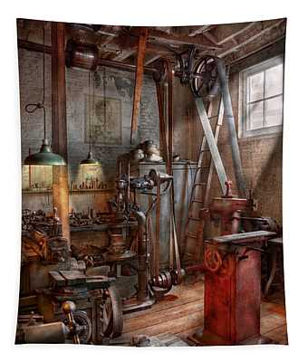 Machinist - The Modern Workshop  Tapestry
