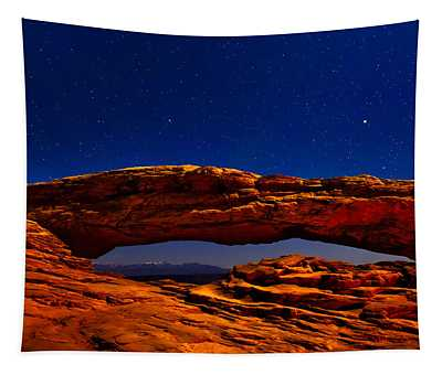 Mesa Arch Night Sky With Shooting Star Tapestry