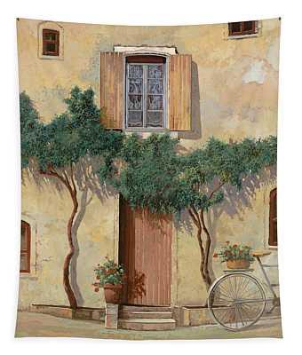 Mezza Bicicletta Sul Muro Tapestry