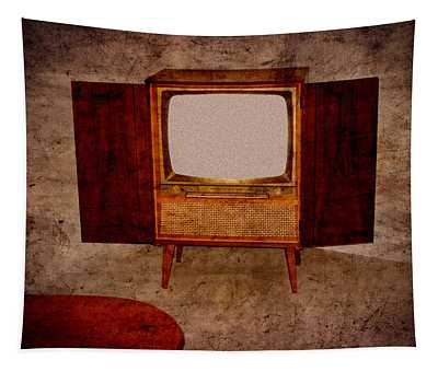 Nostalgia - Old Tv Set Tapestry