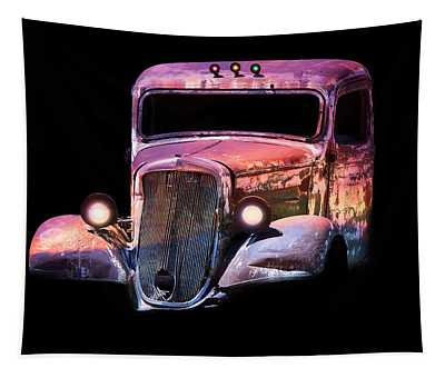 Old Antique Classic Car Tapestry