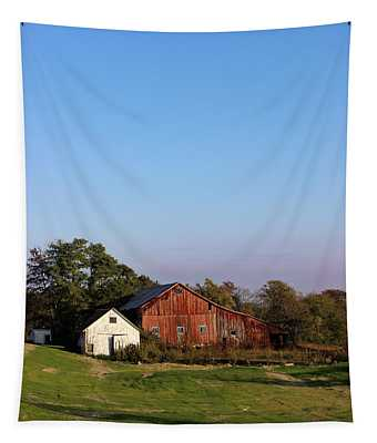 Old Barn At Sunset Tapestry