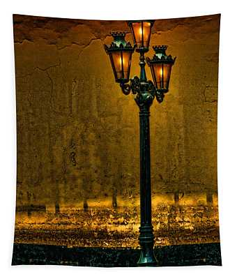 Old Lima Street Lamp Tapestry