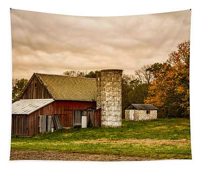 Old Red Barn And Silo Tapestry