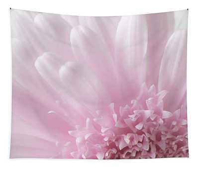 Pastel Daisy Tapestry