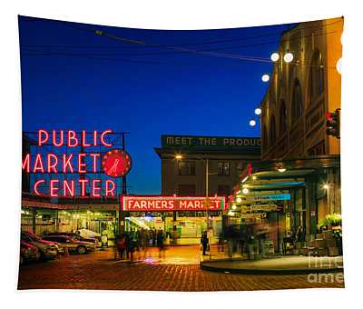 Market Place Photographs Wall Tapestries
