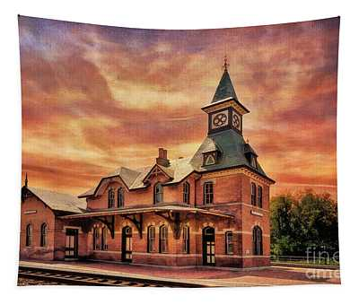 Point Of Rocks Train Station  Tapestry