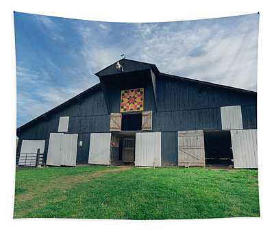 Quilted Barn Tapestry
