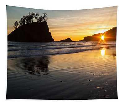 Second Beach Sunstar Tapestry