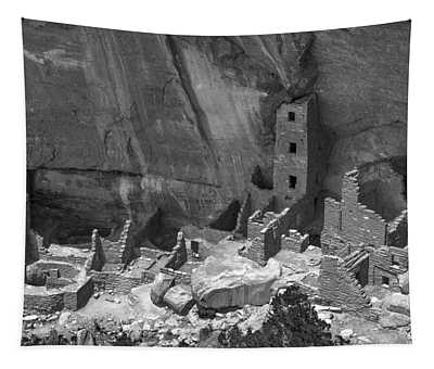 Square Tower At Mesa Verde Bw Tapestry