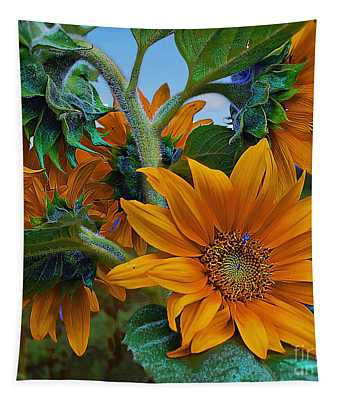 Sunflowers In A Bunch Tapestry