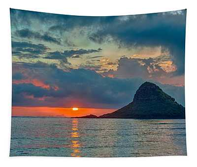 Sunrise At Kualoa Park Tapestry