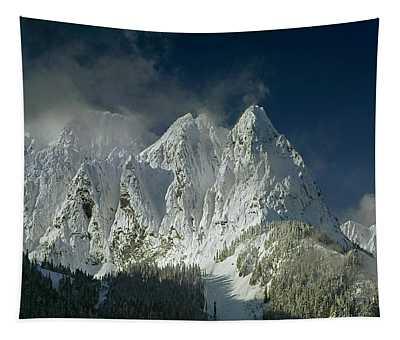 1m4503-three Peaks Of Mt. Index Tapestry