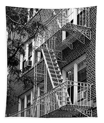 Typical Building Of Brooklyn Heights - Brooklyn - New York City Tapestry