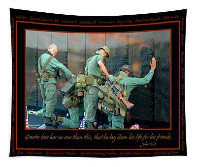 Veterans At Vietnam Wall Tapestry