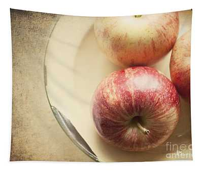 3 Apples Tapestry