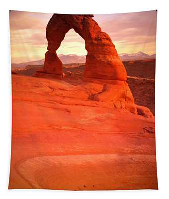 Delicate Arch At Sunset Tapestry