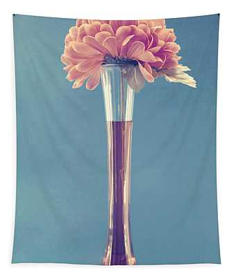 Estillo Vase - S01v3f Tapestry