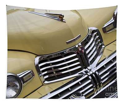 Lincoln Grille Tapestry