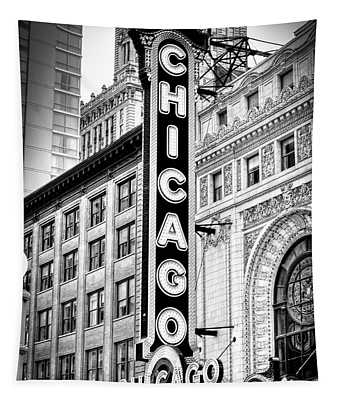 1077 Chicago Theater Black And White Tapestry
