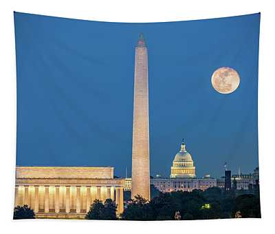4 Monuments Tapestry