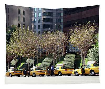 4 Taxis In The City Tapestry
