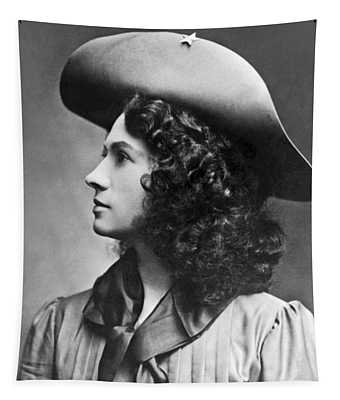 A Profile Portrait Of Sharpshooter Annie Oakley Tapestry