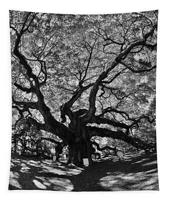 Angel Oak Johns Island Black And White Tapestry