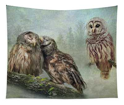 Barred Owls - Steal A Kiss Tapestry
