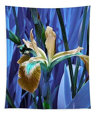 Bee Dreams In Electric Blue Tapestry