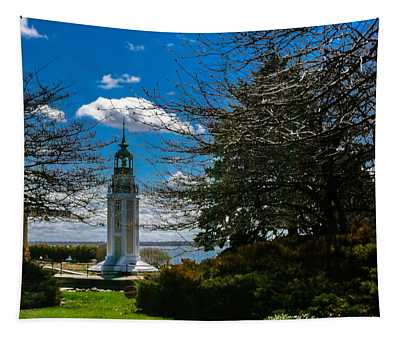 Bray's Point Lighthouse Tapestry