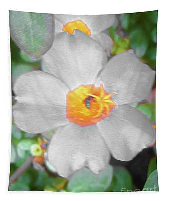 Bright White Vinca With Soft Green Tapestry