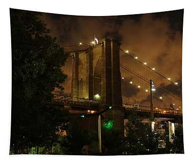 Brooklyn Bridge At Night Tapestry