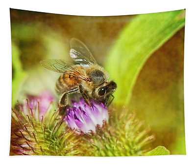 Bumbling Bee Tapestry