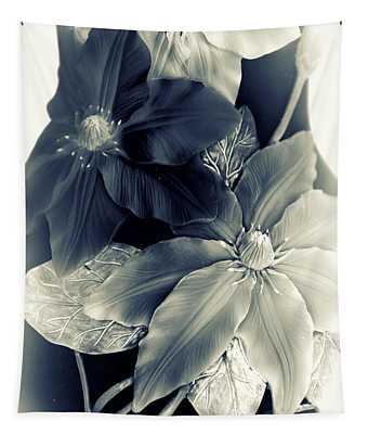 Clematis Tones Tapestry