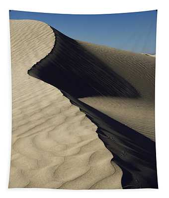 Contours Tapestry