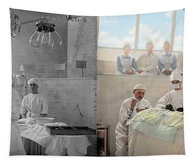 Doctor - Operation Theatre 1905 - Side By Side Tapestry