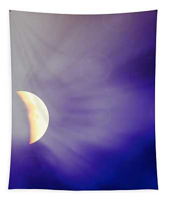 Aries Moon During The Total Lunar Eclipse 3 Tapestry