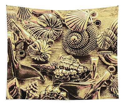 Fashioning A Oceanic Theme Tapestry